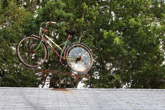 車棚頂上的單車