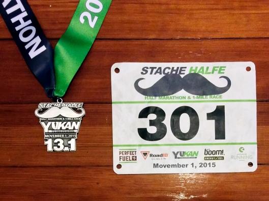 完賽獎牌與號碼布
